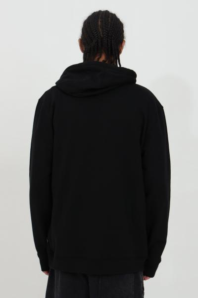 VANS Felpa classic Hoodie uomo nero vans con cappuccio in tinta unita con maxi logo frontale a contrasto. Cappuccio regolabile con cordino  Felpe | VN0A456BY281Y281