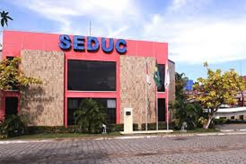 Seduc lança edital para cursos de especialização para professores
