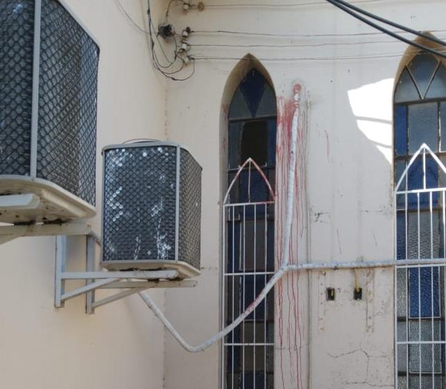 CORTE NO PULSO Ladrão recebe 'castigo' na hora ao tentar roubar igreja
