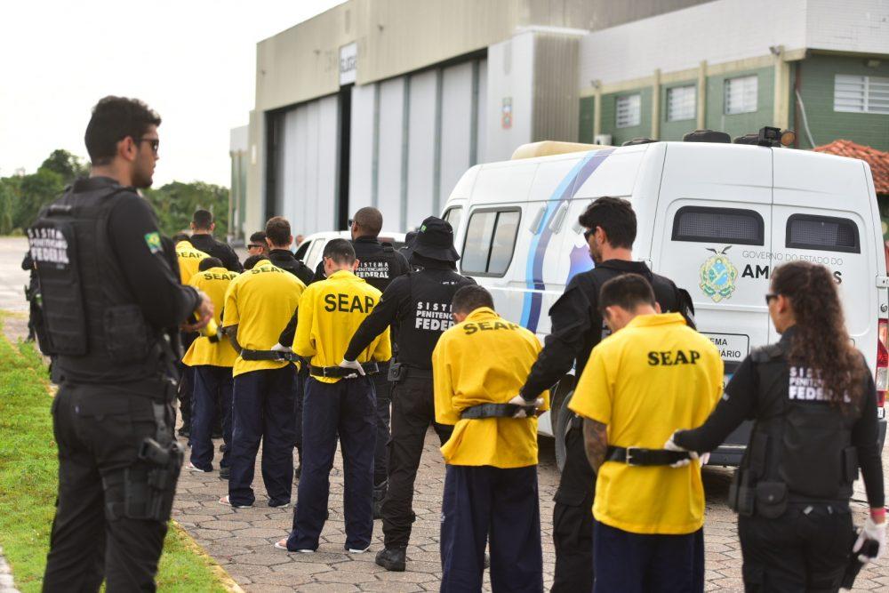SANGUE E TERROR Líderes de massacre, esquartejadores, traficantes e xerifes são transferidos