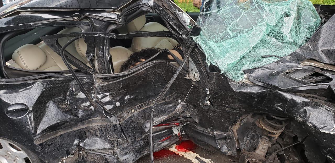 Mulher morre e outras duas ficam feridas em acidente no Dom Pedro