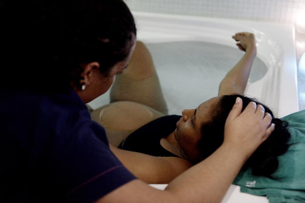 Maternidade Balbina Mestrinho ganha primeiro centro de parto normal com banheira