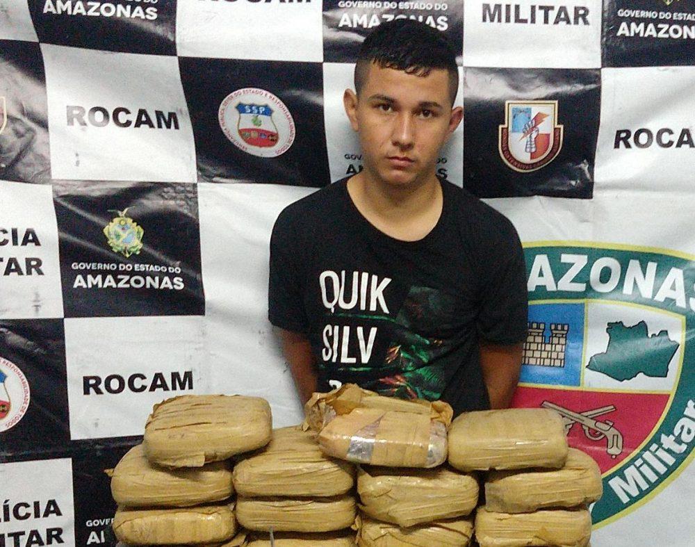 Homem é preso com 23 tabletes de drogas no Novo Aleixo