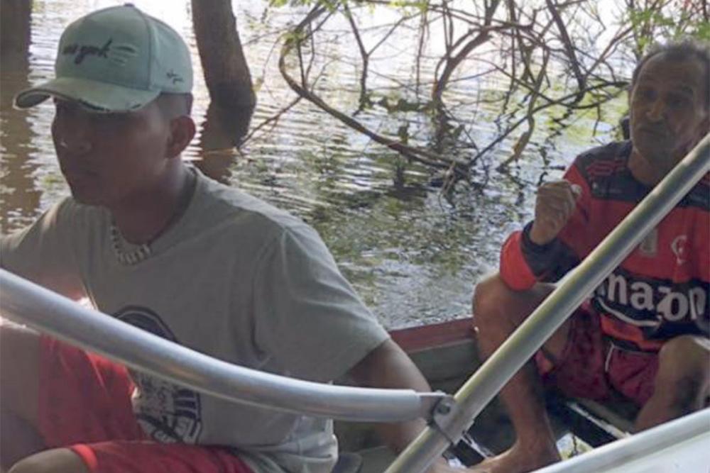Confronto no rio Abacaxis