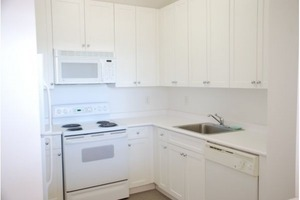 1500 Washington Street #8A