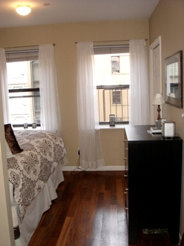 Junior 1 Bedroom at 14TH & 6th Avenue Steps to All Subways!