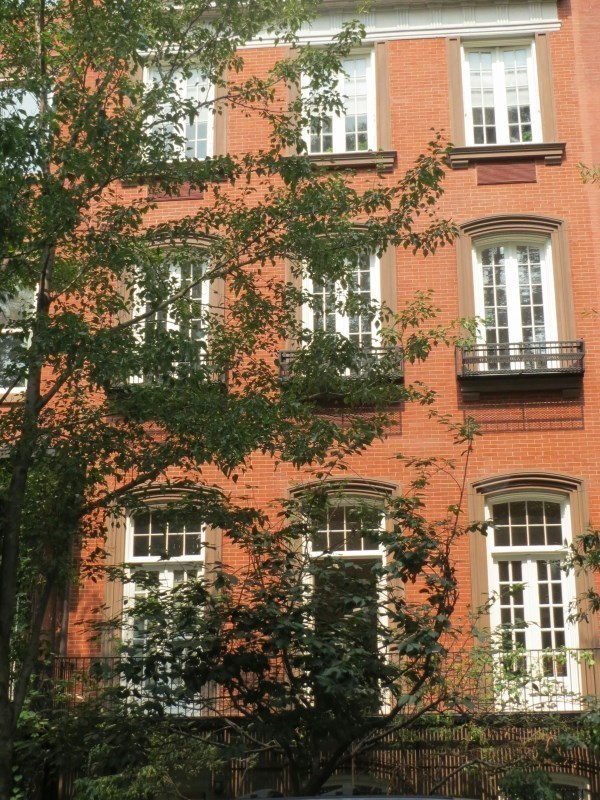205 east 16th st 1d condo apartment sale at the abbey for Gramercy park townhouse for sale