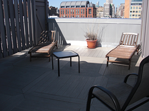 Awesome 1 bedroom duplex with private roof deck
