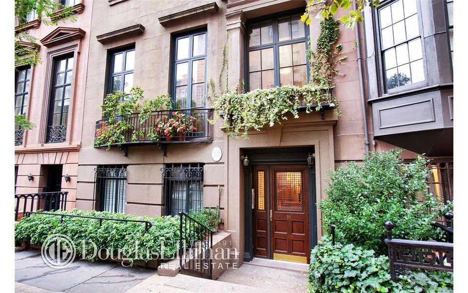 10 gramercy park south for Gramercy park townhouse for sale