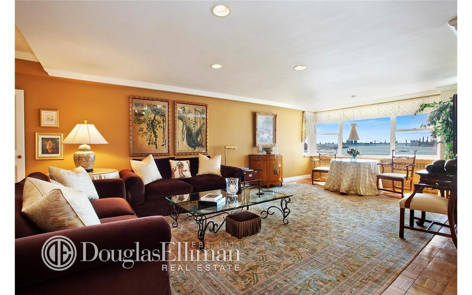 45 Sutton Place South #8M