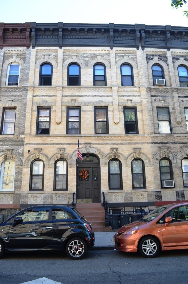142 Newton Street #6