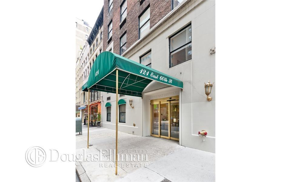 121 East 60th Street