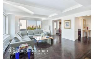 1049 Fifth Avenue #16A