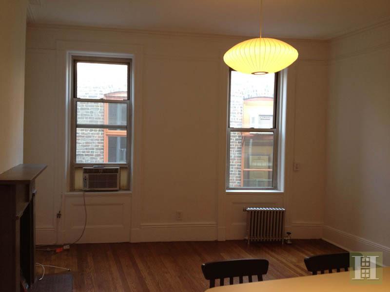 19 Greenwich Avenue