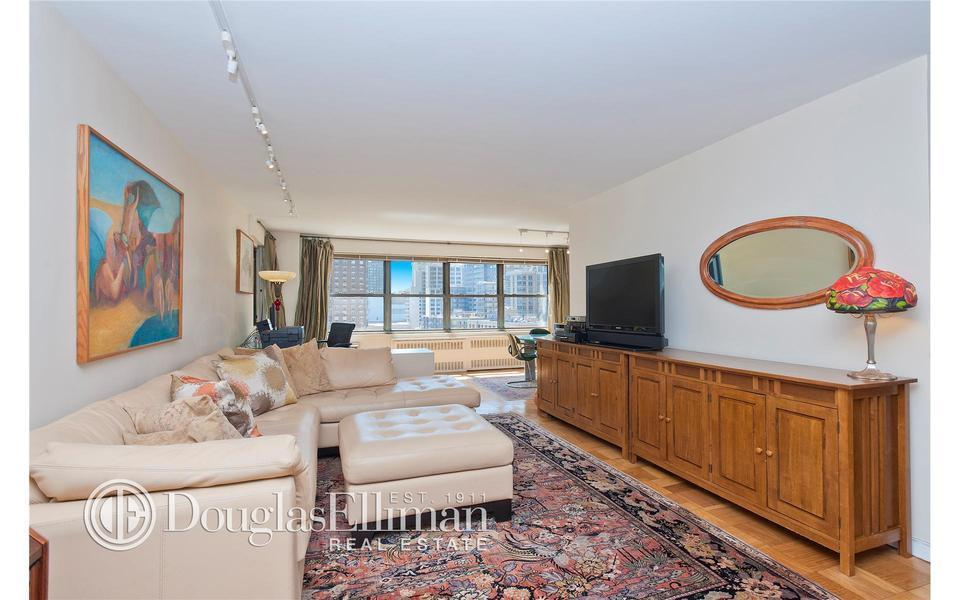 205 West End Avenue #9J