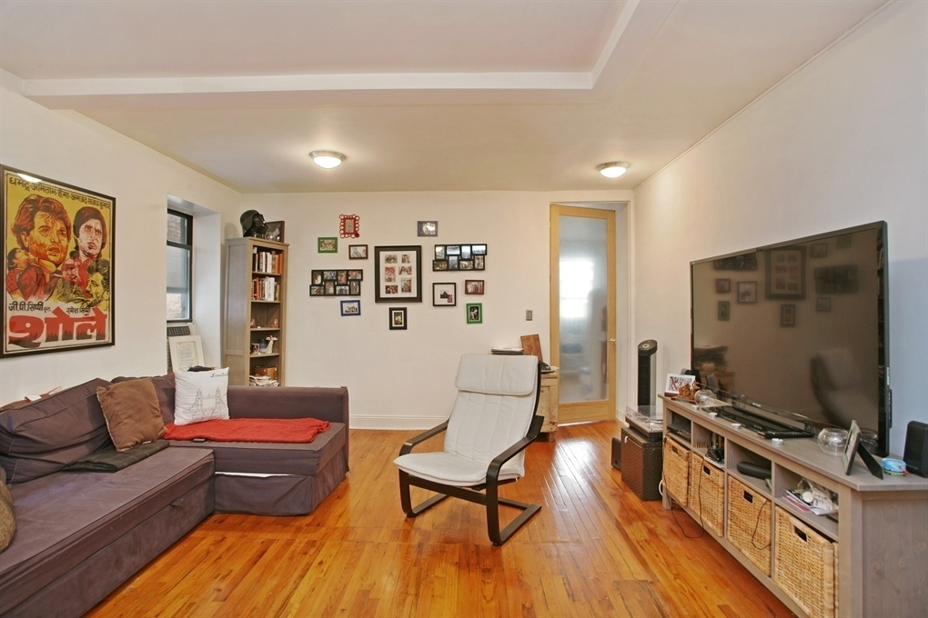 414 East 10th Street #4CD