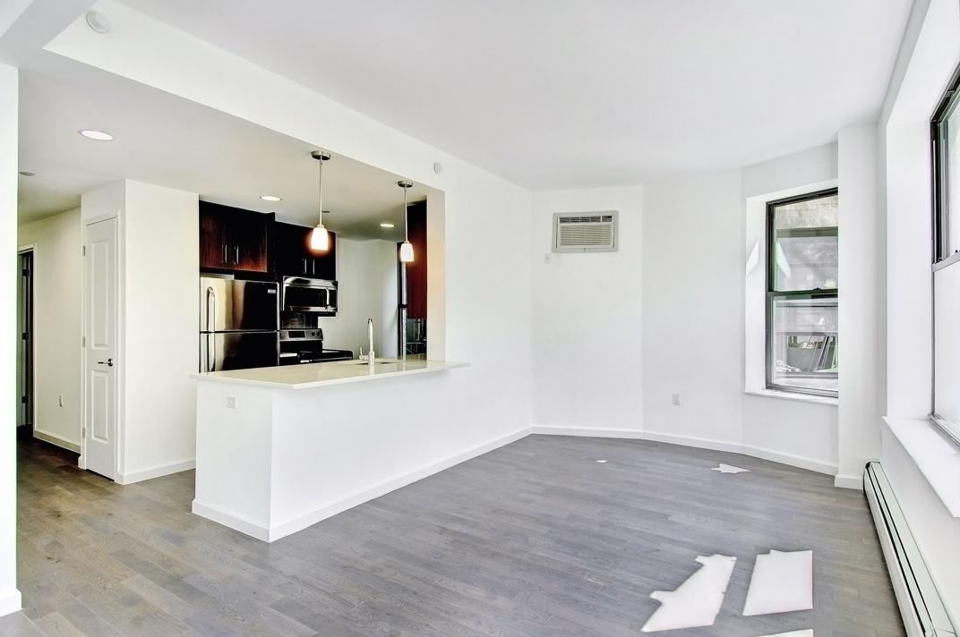 272 Manhattan Avenue