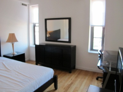 No Fee 2 bed 1 bath Furnished Apartment