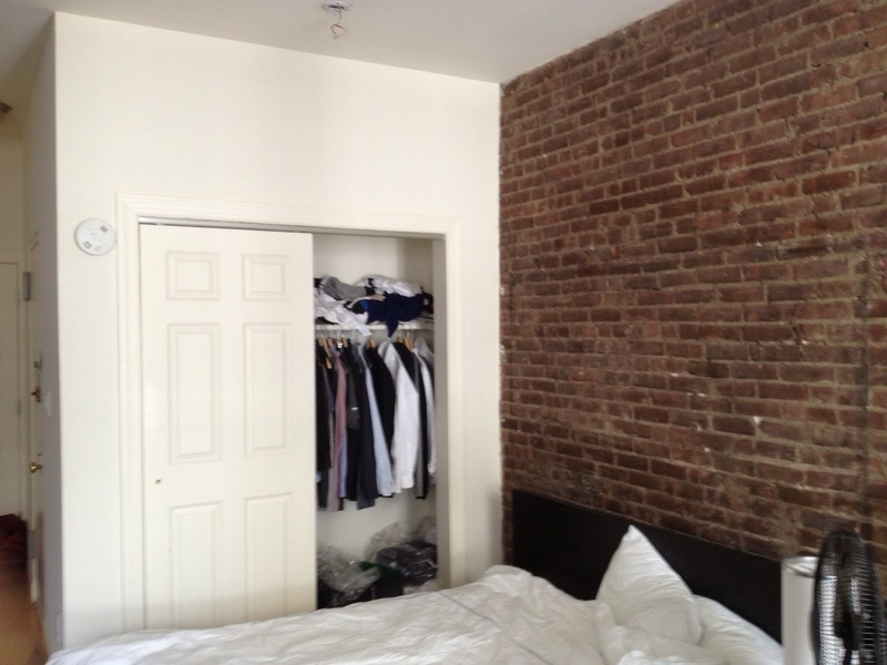 Loft-Like Studio. Upper Westside 85th/Central Park West