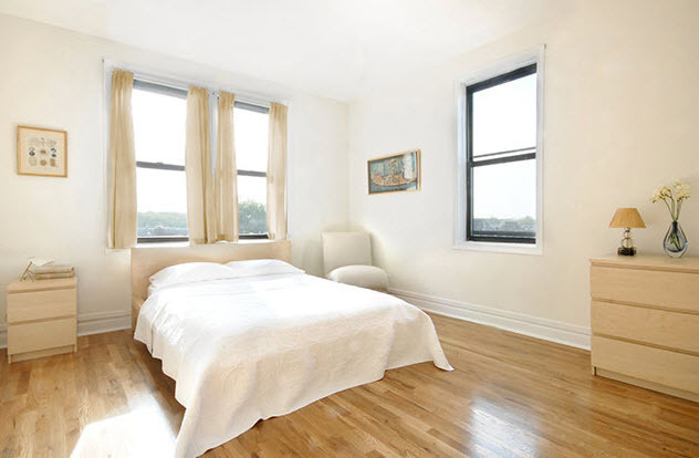 Large NO FEE Studio in Queens with Elevator and Beautiful Landscaped Grounds
