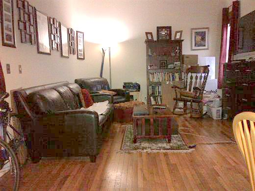 W 69TH/COLUMBUS, Large 1br, Separate Kitchen, Fire Place, Exposed Bricks, Open Views !