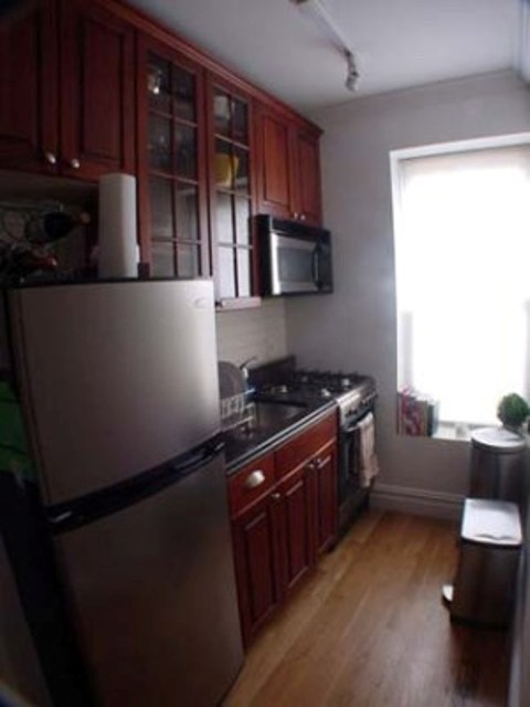 NO FEE NEWLY RENO Morton and Bleecker 1br SUPER BRIGHT AND QUIET NO FEE