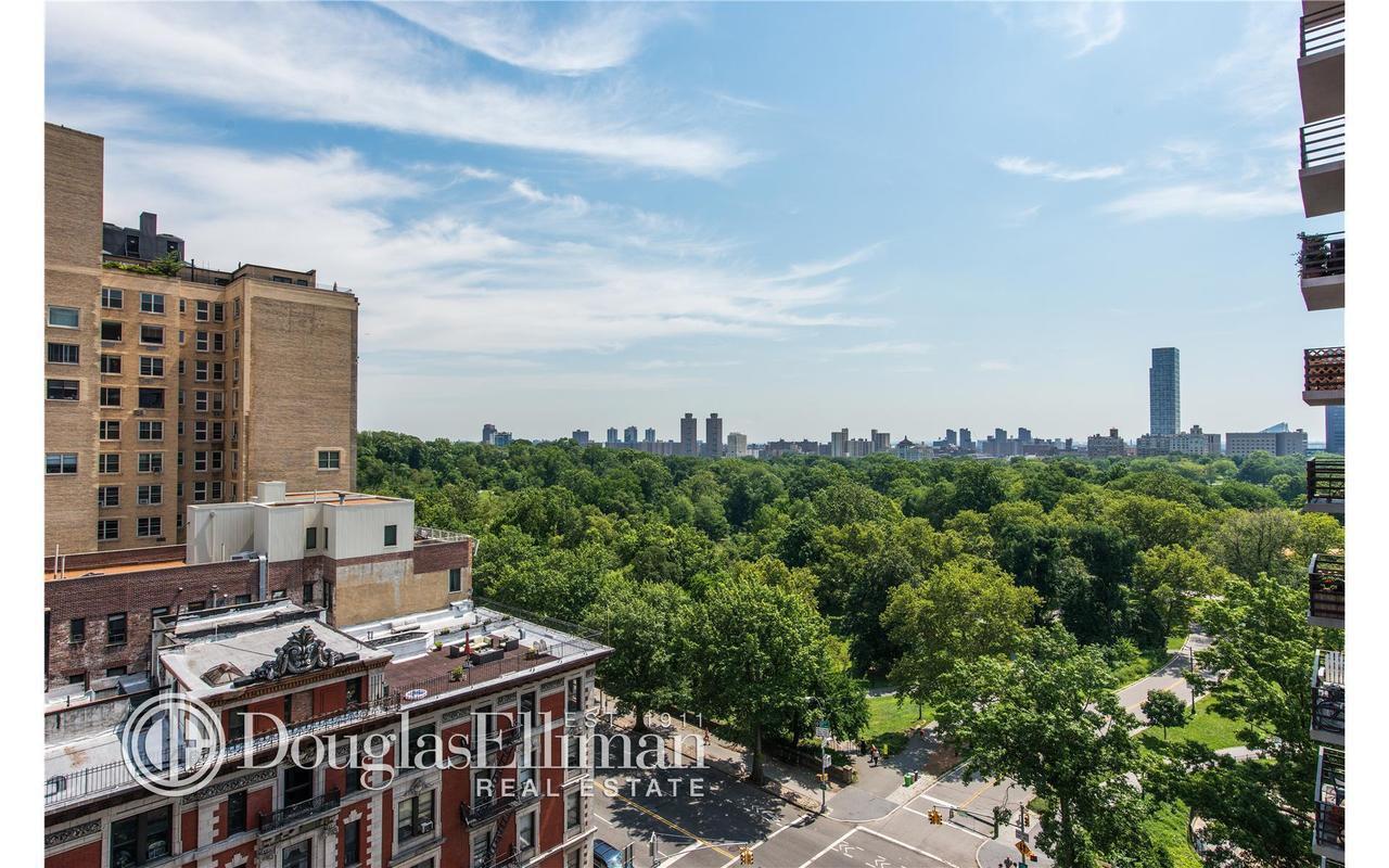 400 Central Park West #12U
