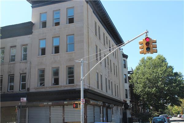 440 MacDonough Street