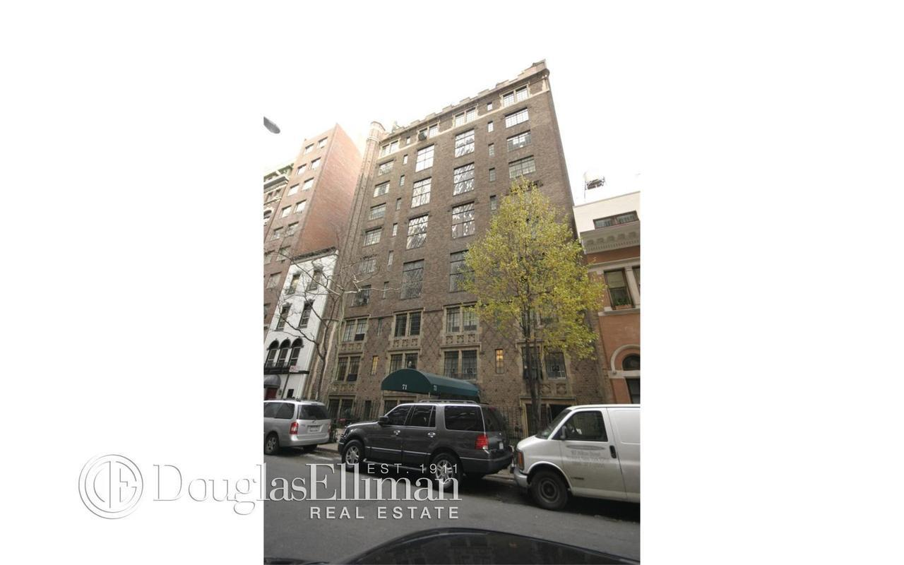 71 East 77th Street #8A