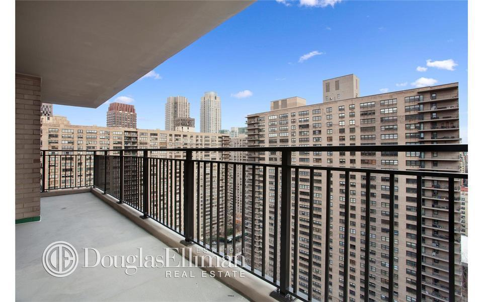150 West End Avenue #25L
