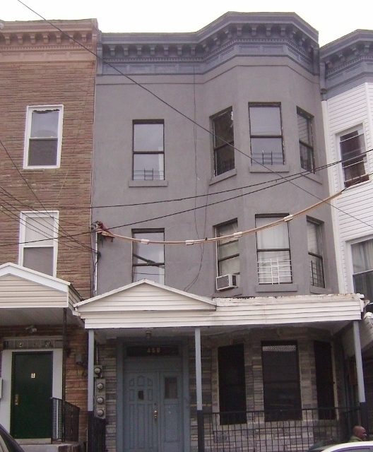 East Tremont Info, Housing Availability And Values