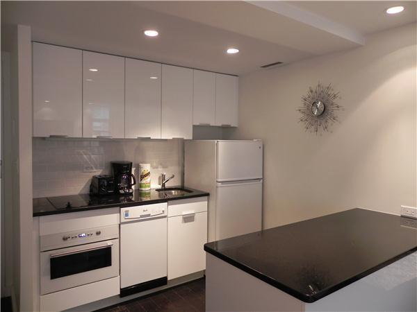 NEWLY RENOVATED, SUNNY, Junior 1 bed, alcove studio