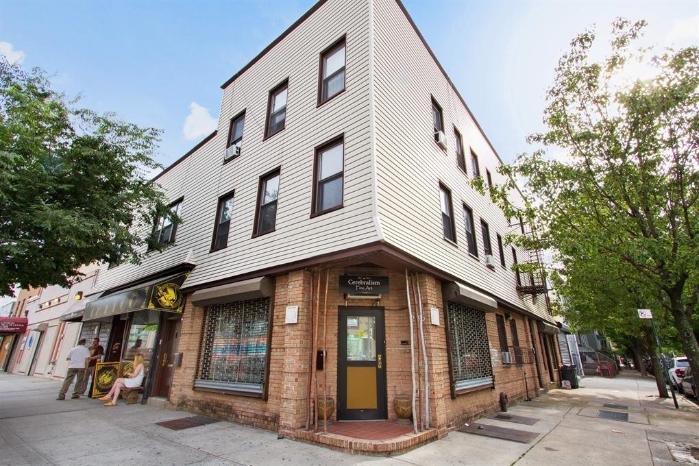 283-285 Graham Avenue