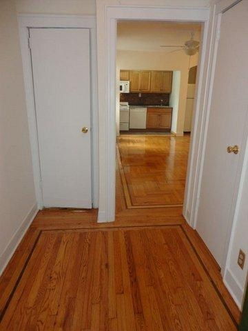 Beautifully renovated 1 BR apartment in Sunnyside Gardens!