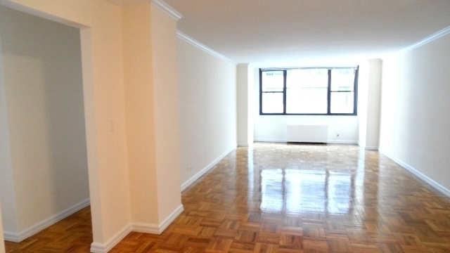 Huge Columbus Circle One Bedroom