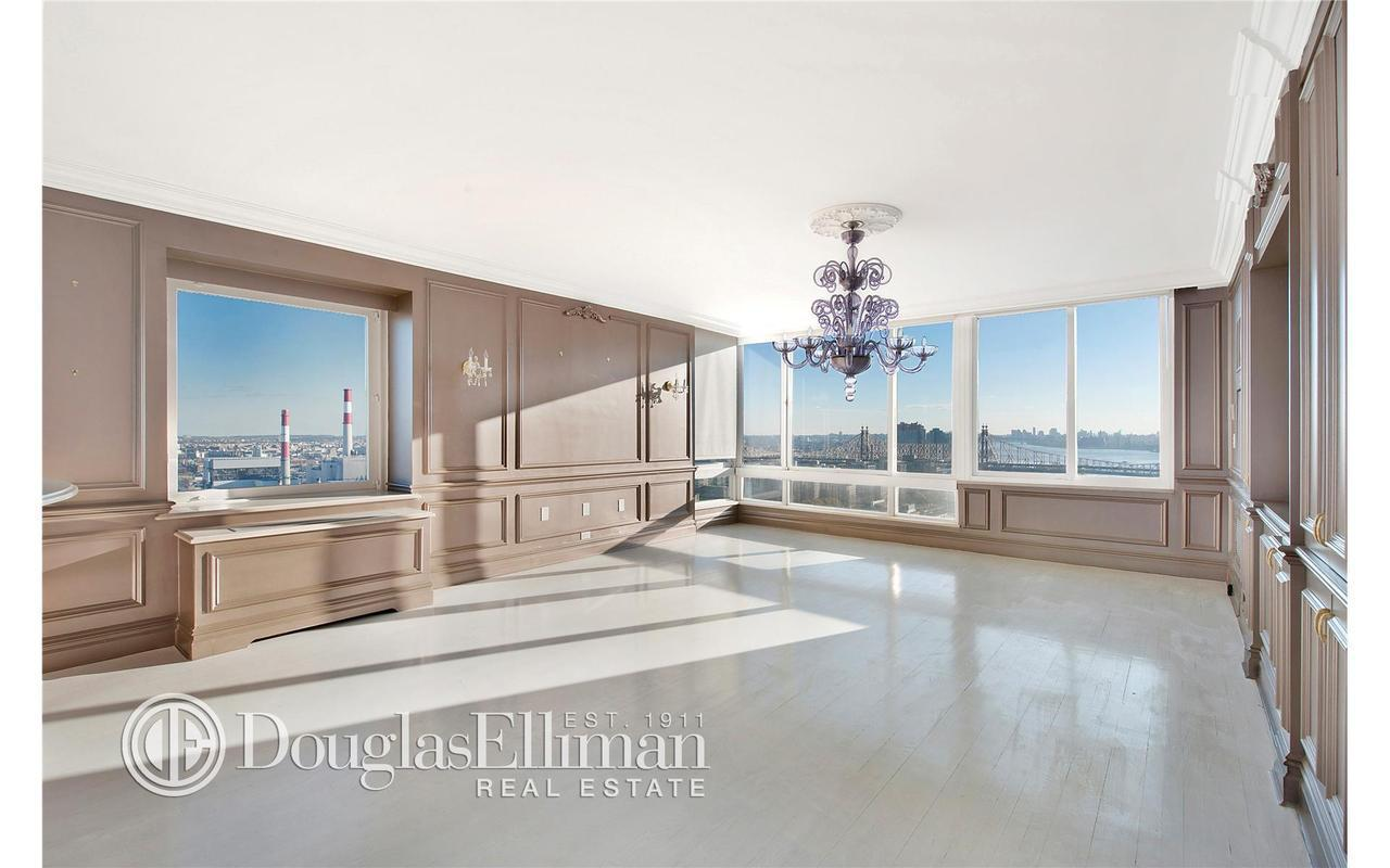 524 East 72nd Street #34ABG