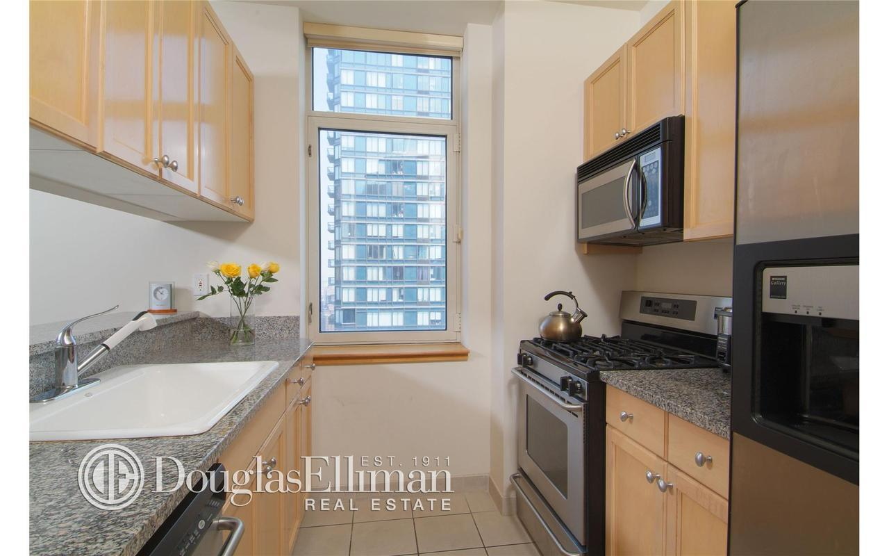 1760 Second Avenue #28A