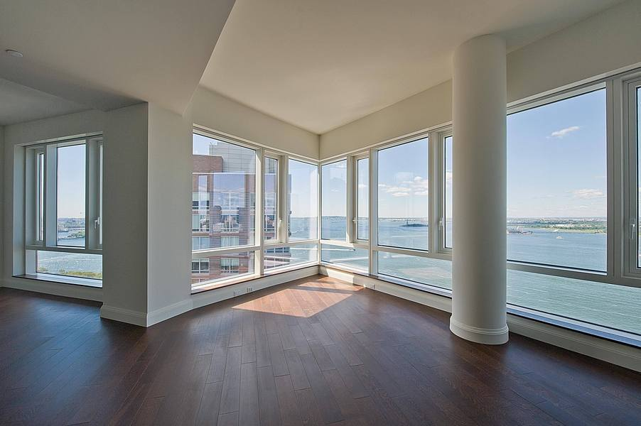 PH1D - Sensational 3 Bedroom Penthouse Condo