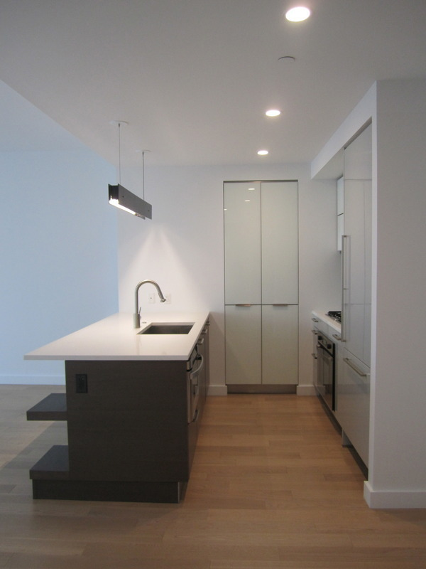 22 north 6th 18g condo apartment sale at the edge for 18th floor balcony live