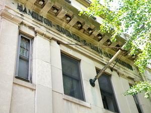 498 Court Street #498