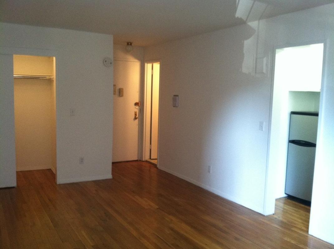 301 E 84th Street