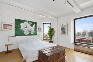 1 Fifth Avenue #26B