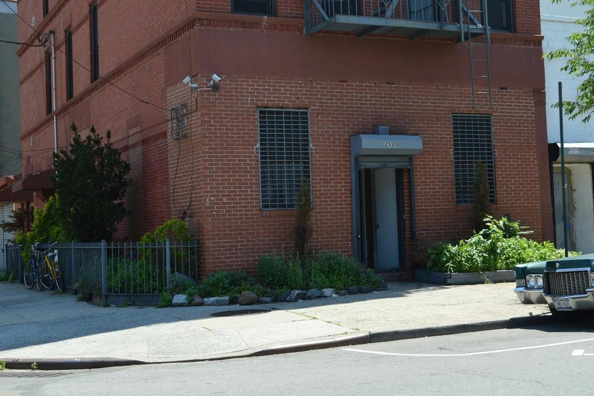 253 Van Brunt Street