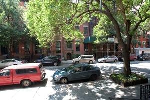 9 East 10th Street
