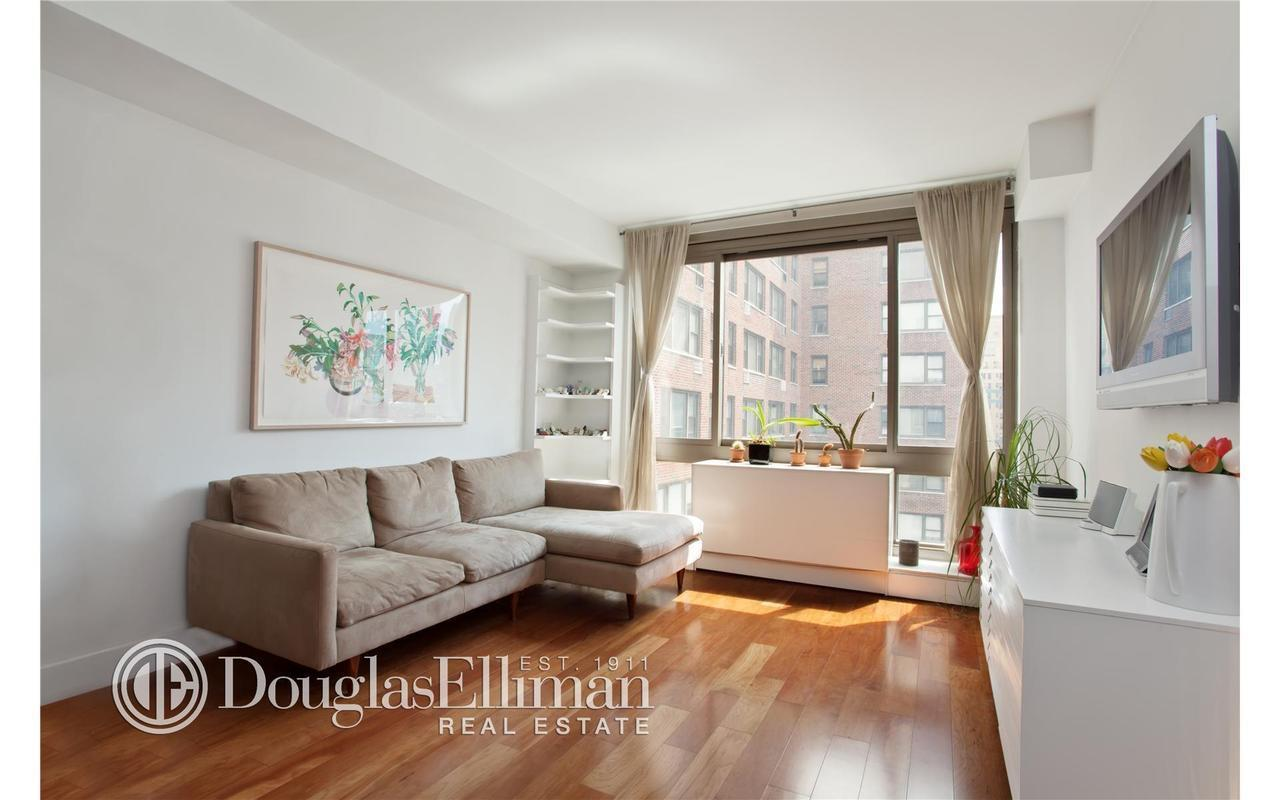 242 East 25th Street #10A