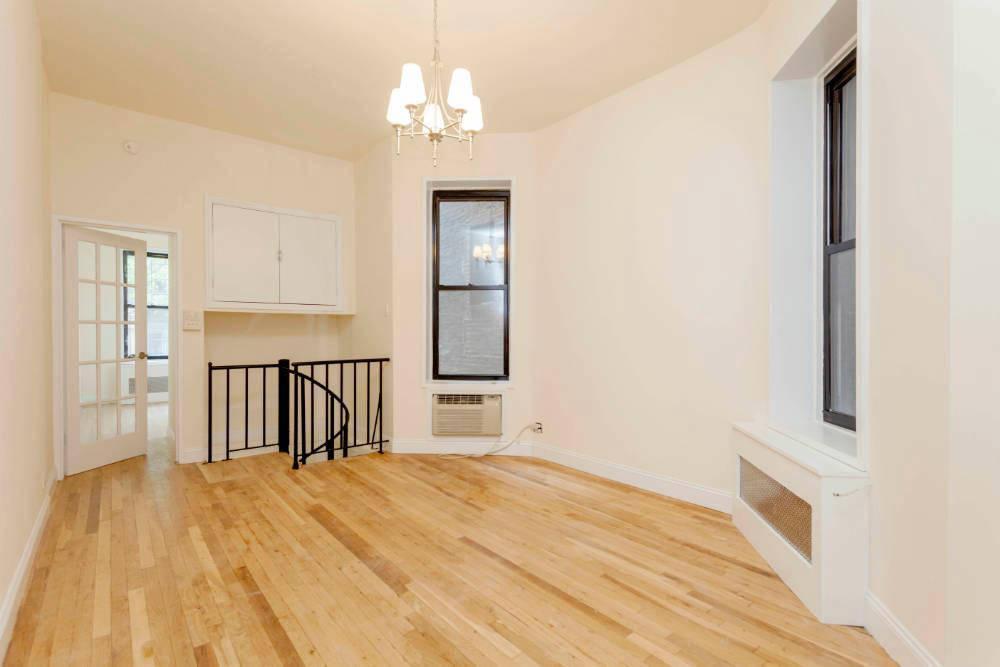238 East 82nd Street