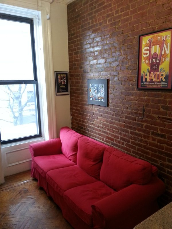 Adorable, furnished loft studio in gorgeous area, avail immediately
