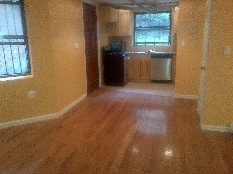 UPDATED CHARMING 1 BEDROOM CO-OP GROUND LEVEL PATIO CLINTON/MYRTLE AVES
