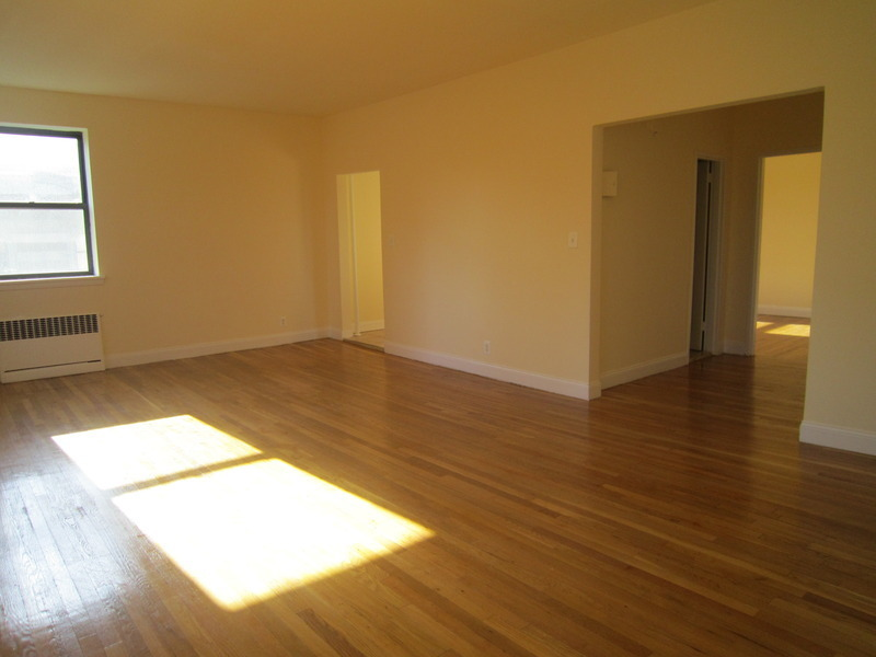 HUGE! 1 Bedroom, Top Floor Corner Apt, Super Bright with Views, Beautifully Renovated, Great Closets
