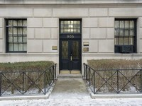 907 Fifth Avenue #1AD